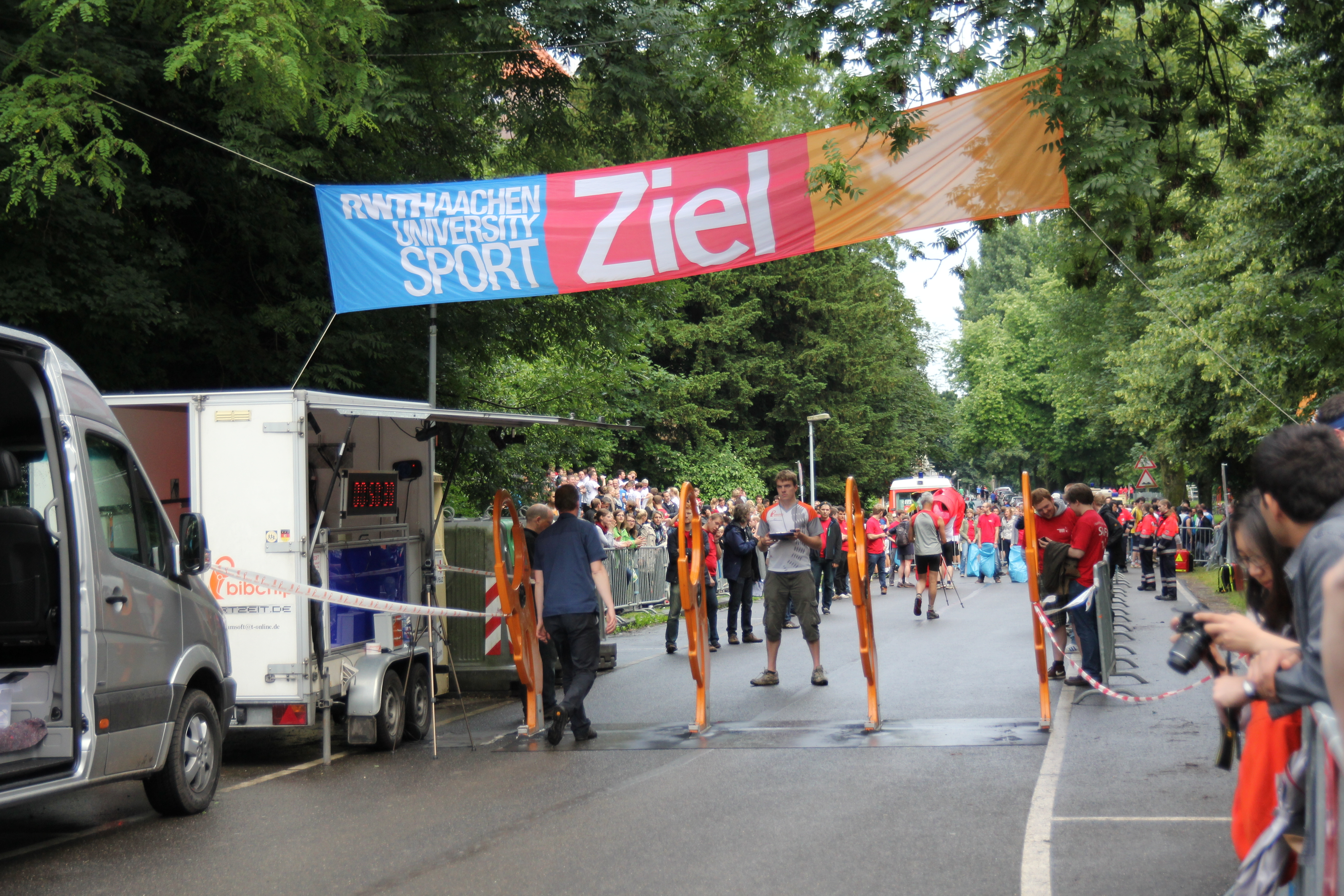 Runners at the Lousberglauf